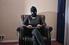 Im Fokus: Hass-Mails, Hass-Kommentare, Täter. Foto: Peter Gaß